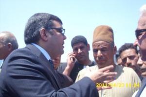 أشرف هلال يرد على أحد المواطنين بأشمون