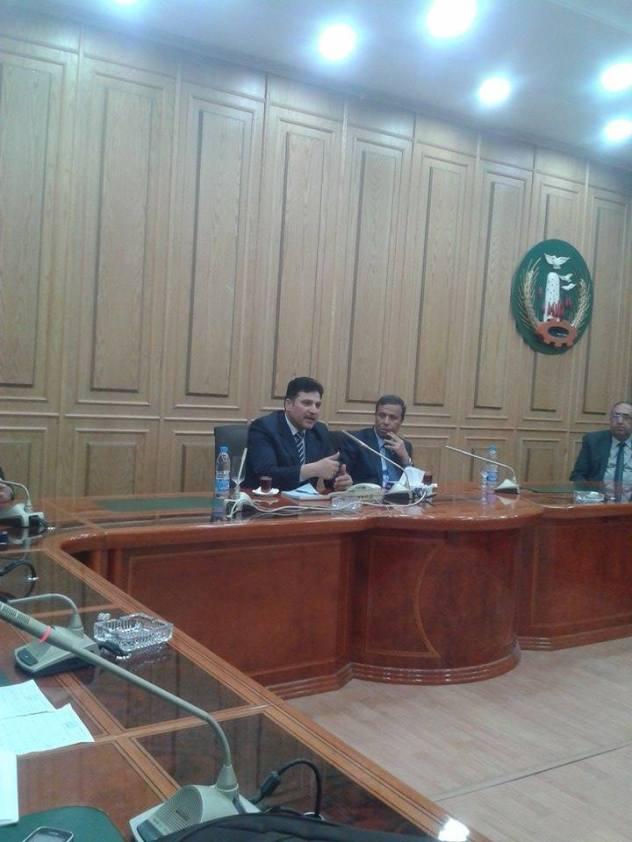 وزير الرى ومحافظ المنوفية خلال المؤتمر الصحفى