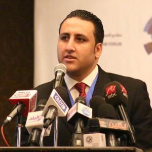 احمد ابو القاسم
