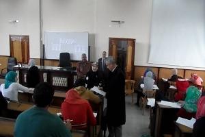 د . عادل مبارك يتفقد لجان الامتحانات